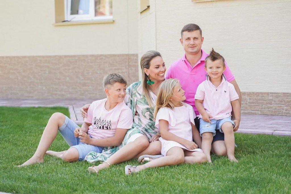 Как наладить семейную жизнь - поговорить о деньгах - фото